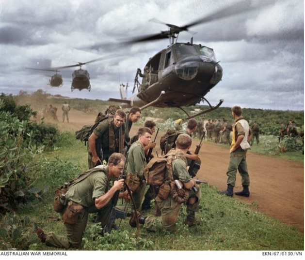 helicopter_vietnam_lg